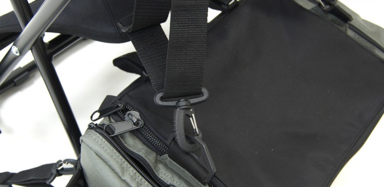 PART II: Attach upper BackSaver strap clips to the bags upper D-ring attachment points as shown. Adjust straps to fit.